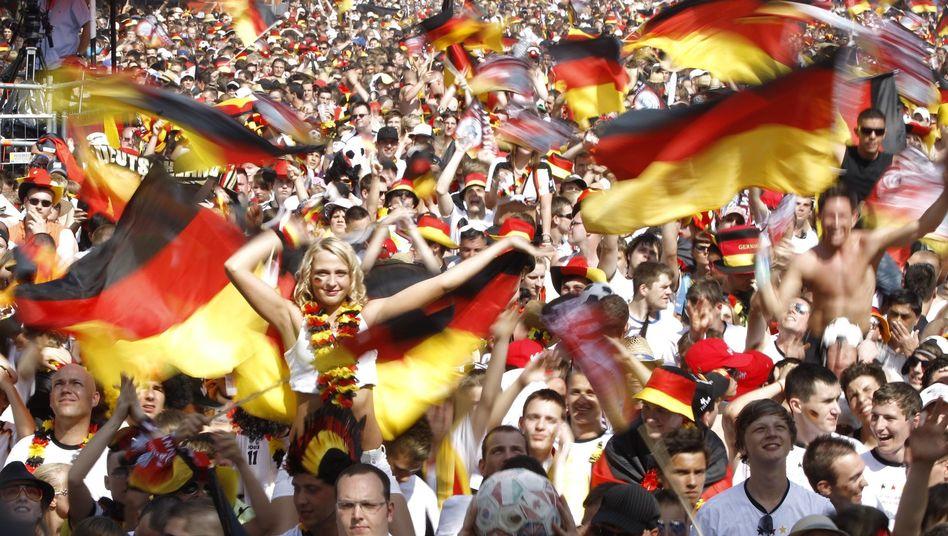 Fanmeile in Berlin: Kommt die EM 2024 nach Deutschland?