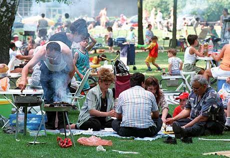 Türkisches Picknick im Berliner Tiergarten