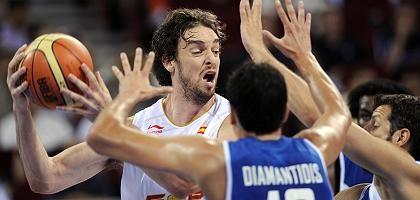 Spanischer Basketballer Gasol (l.): Deutlicher Sieg gegen Griechenland