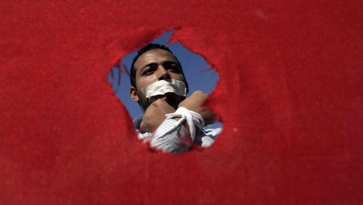 Photo Gallery: Hamed Abdel-Samad's Odyssey