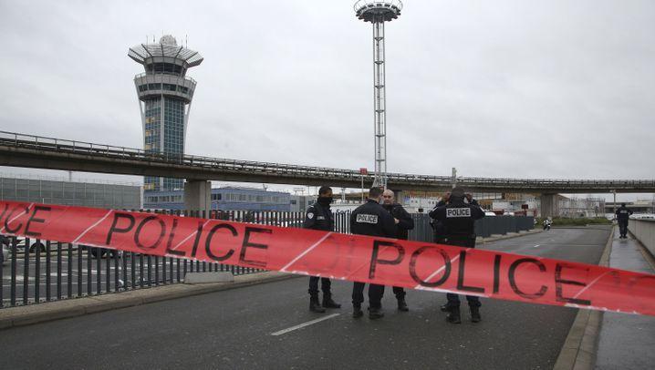 Flughafen Orly: Soldaten erschießen Angreifer