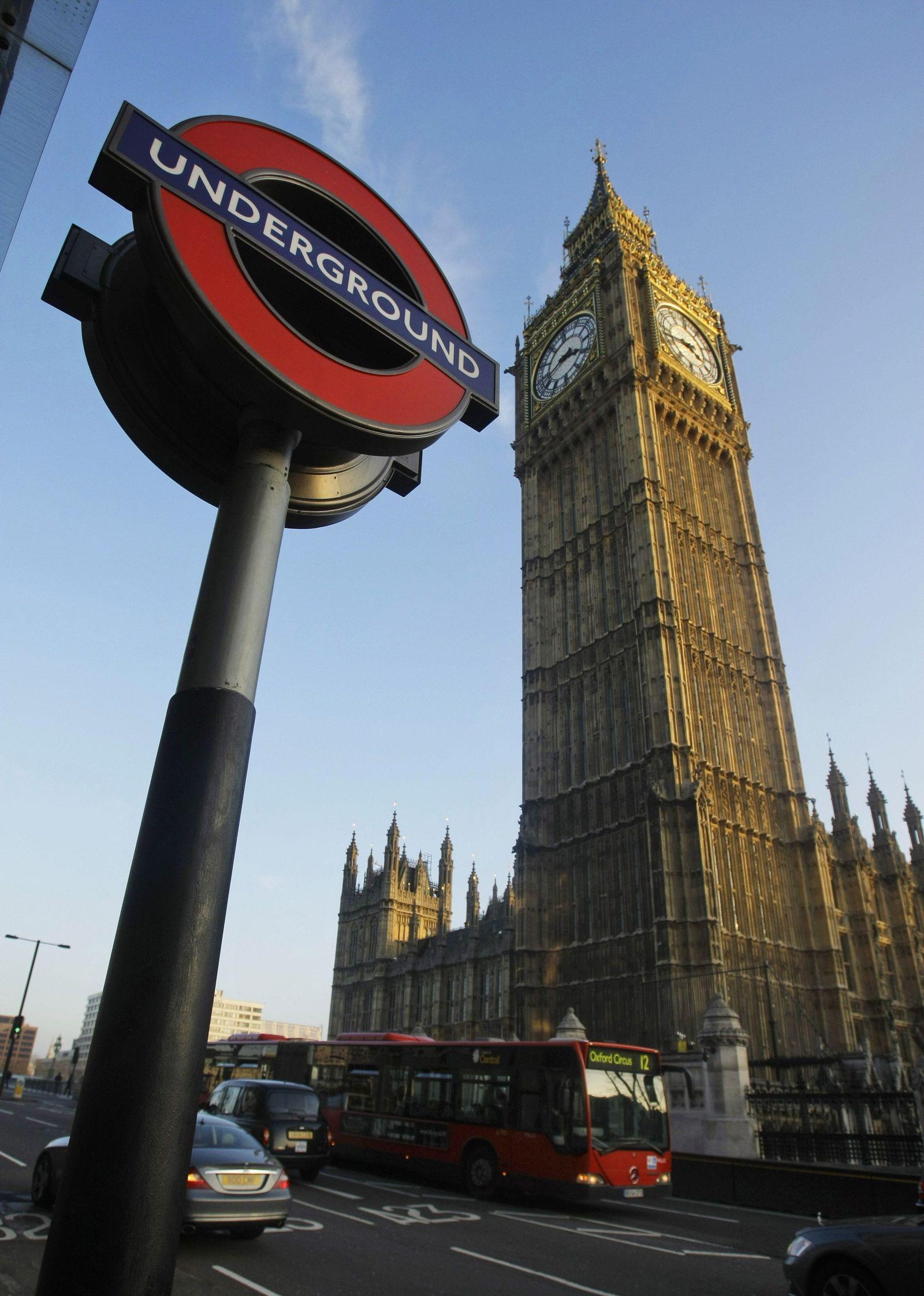 Tube / London / Westminster