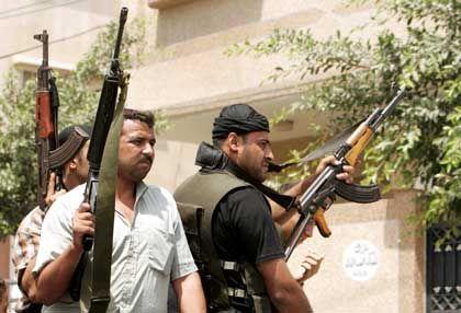Militante bei der Beerdigung eines getöteten Fatah-Mannes: Aussitzen ist keine Option