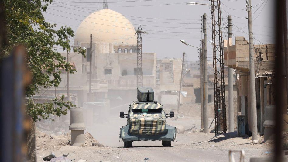 Fahrzeug der Anti-IS-Koalition in der Region um Rakka