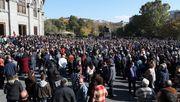 Tausende Armenier demonstrieren gegen Abkommen über Waffenstillstand