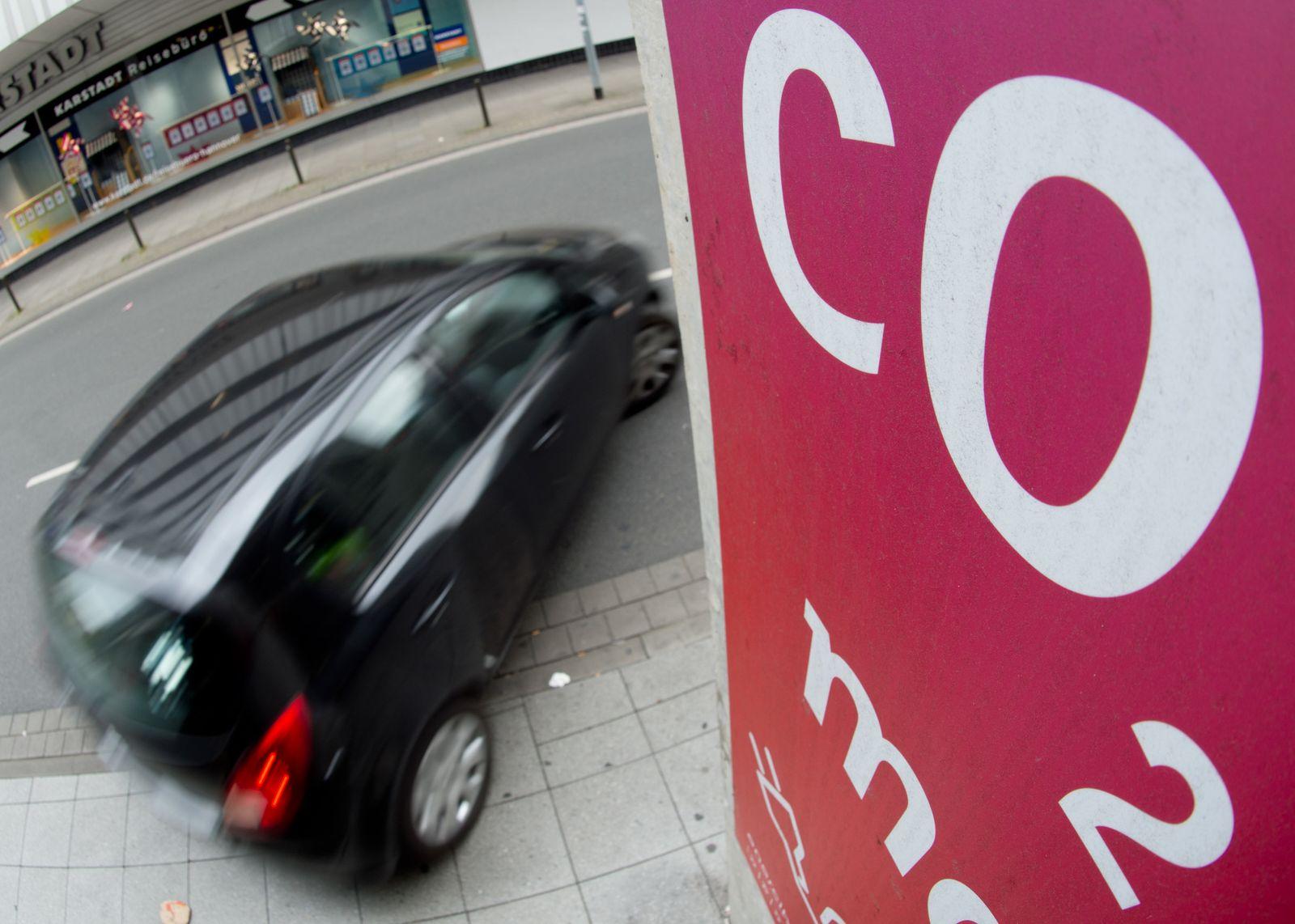 Dobrindt will CO2-Preis schneller als geplant erhöhen