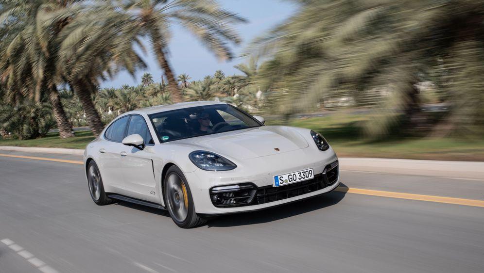 Autogramm Porsche Panamera GTS: Groß, schwer, schnell