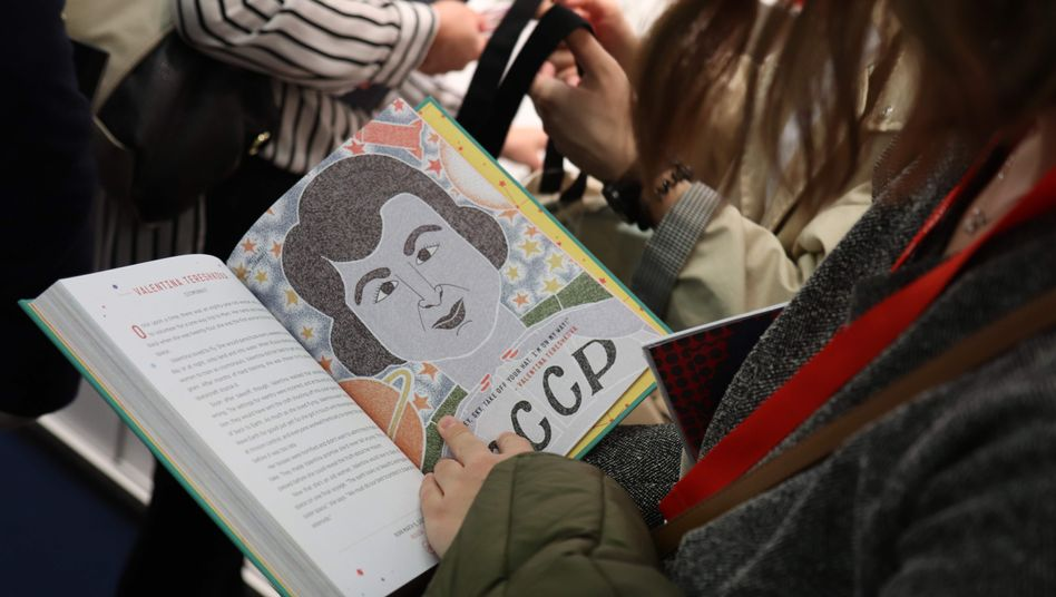 """Leserin liest in """"Good Night Stories for Rebel Girls"""": """"Schädlicher Einfluss""""?"""