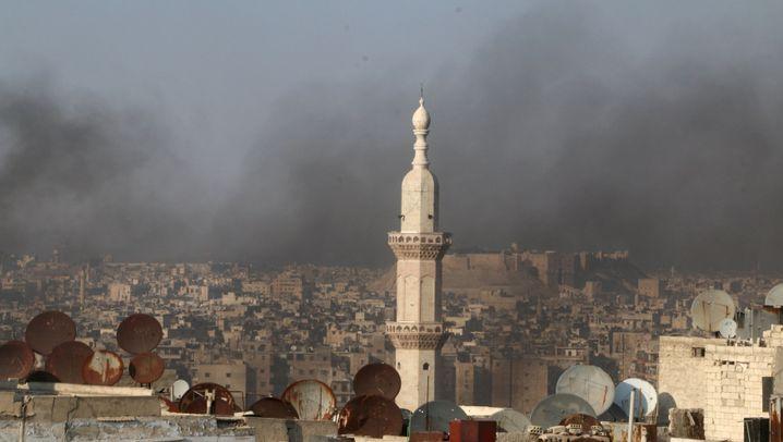 Kämpfe in Aleppo: Eine Stadt liegt in Trümmern