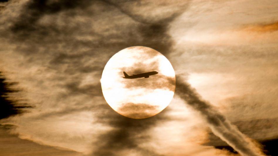 Flugzeug: Forscher warnen vor heftigeren und häufigeren Turbulenzen