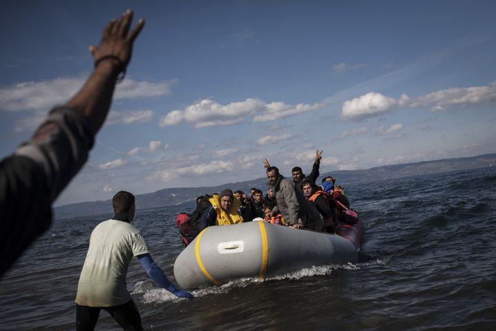 Geschätzt 300.000 Flüchtlinge sollen in diesem Jahr Lesbos erreicht haben
