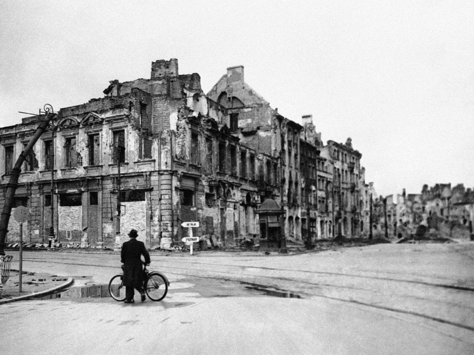 Post WWII Poland Destruction
