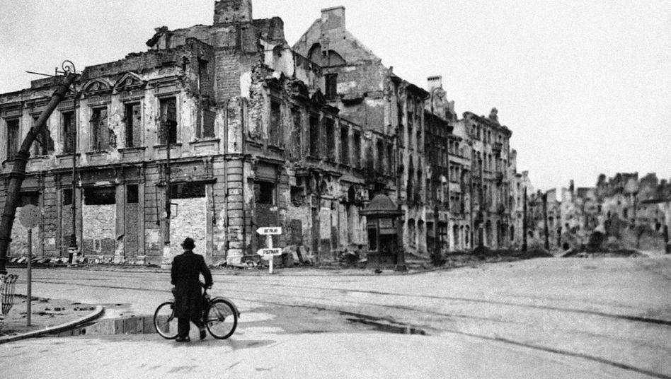 Die Zerstörung des Kriegs vor Augen und trotzdem: Keine Furcht, kein Schrecken, kein Verzagen