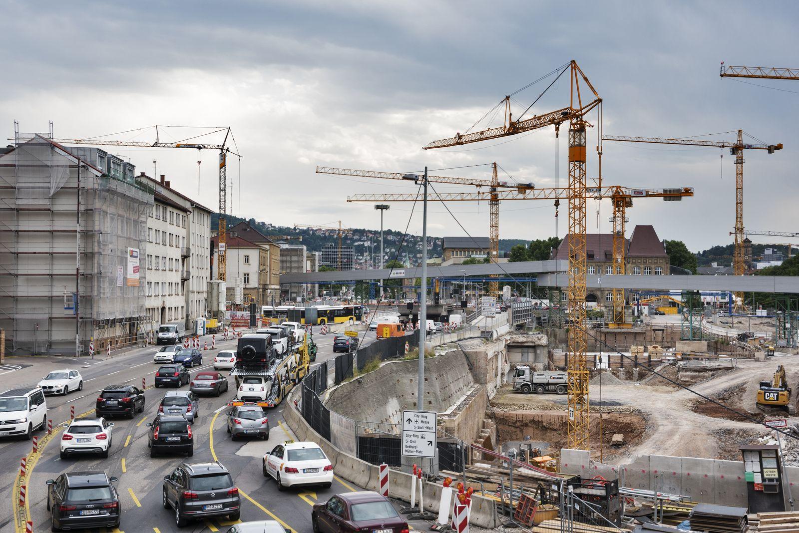 EINMALIGE VERWENDUNG SPIEGEL Plus SPIEGEL 32/2017 S. 20 Stuttgart-21-Baustelle