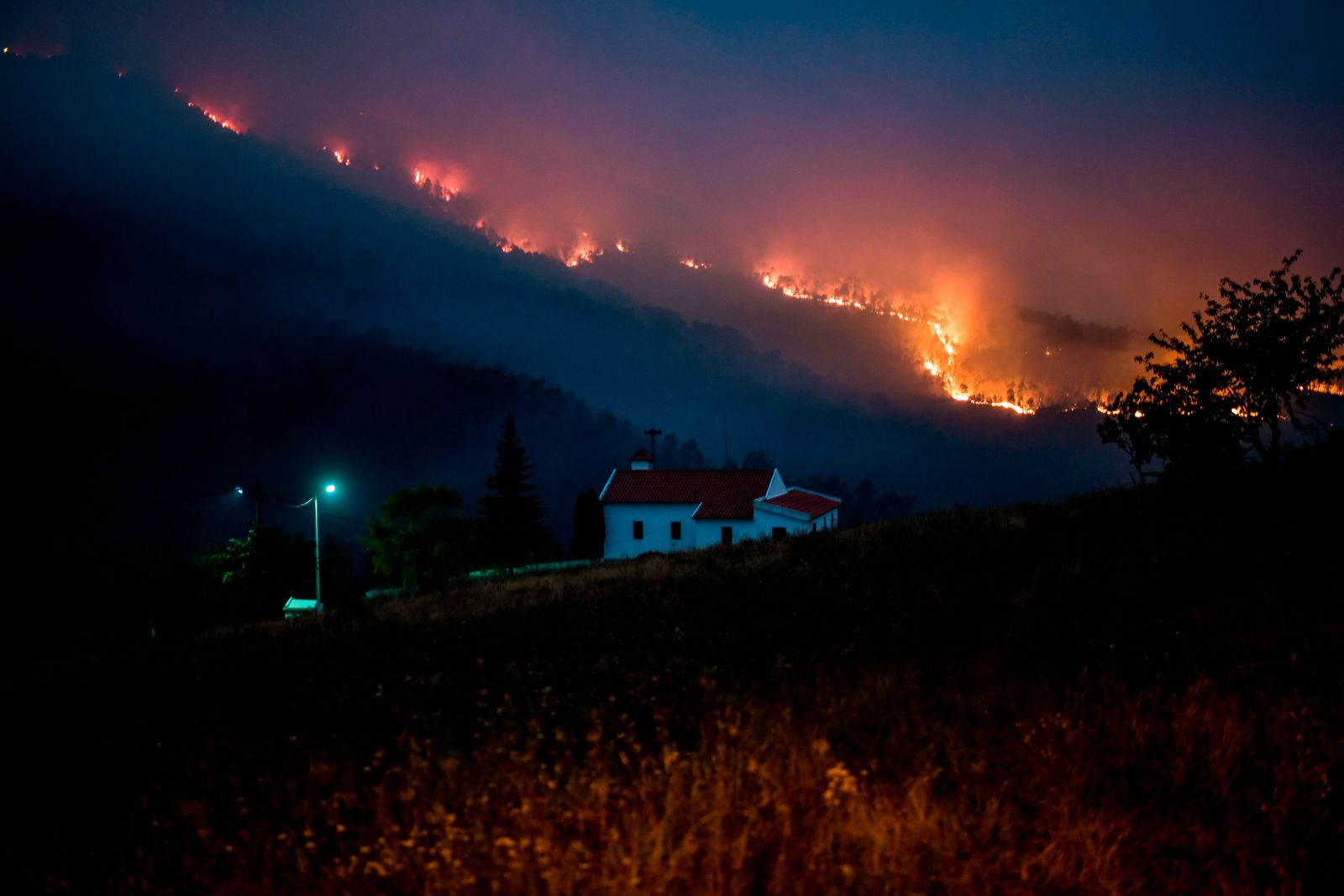 TOPSHOT-PORTUGAL-WILDFIRES
