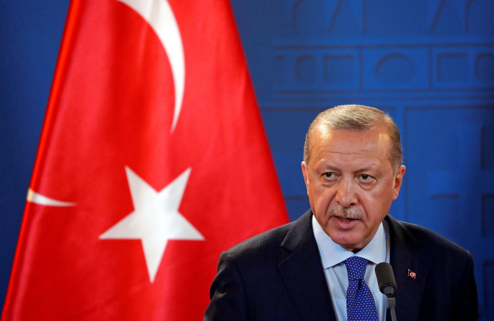 HUNGARY-TURKEY/GOVERNMENT