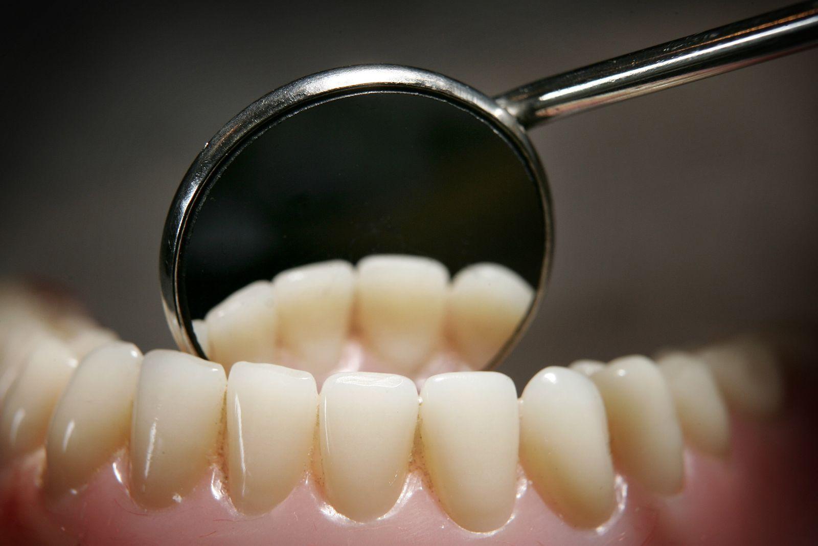 Zahnarzt / Zähne