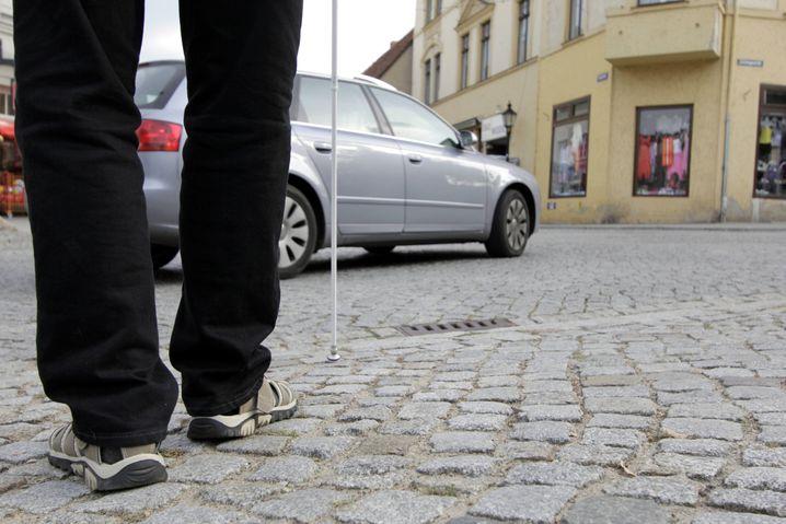 Gefahr erkannt? Künstliche Geräusche sollen schwächere Verkehrsteilnehmer auf E-Autos aufmerksam machen