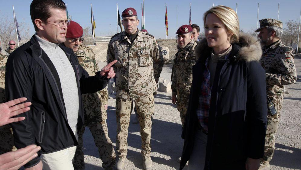 Ehepaar Guttenberg: Blitzbesuch in Kunduz
