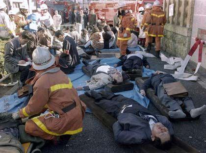 Terroranschlag mit dem Nervengift Sarin in Japan: Die Opfer konnten das Gas weder sehen, noch riechen oder schmecken