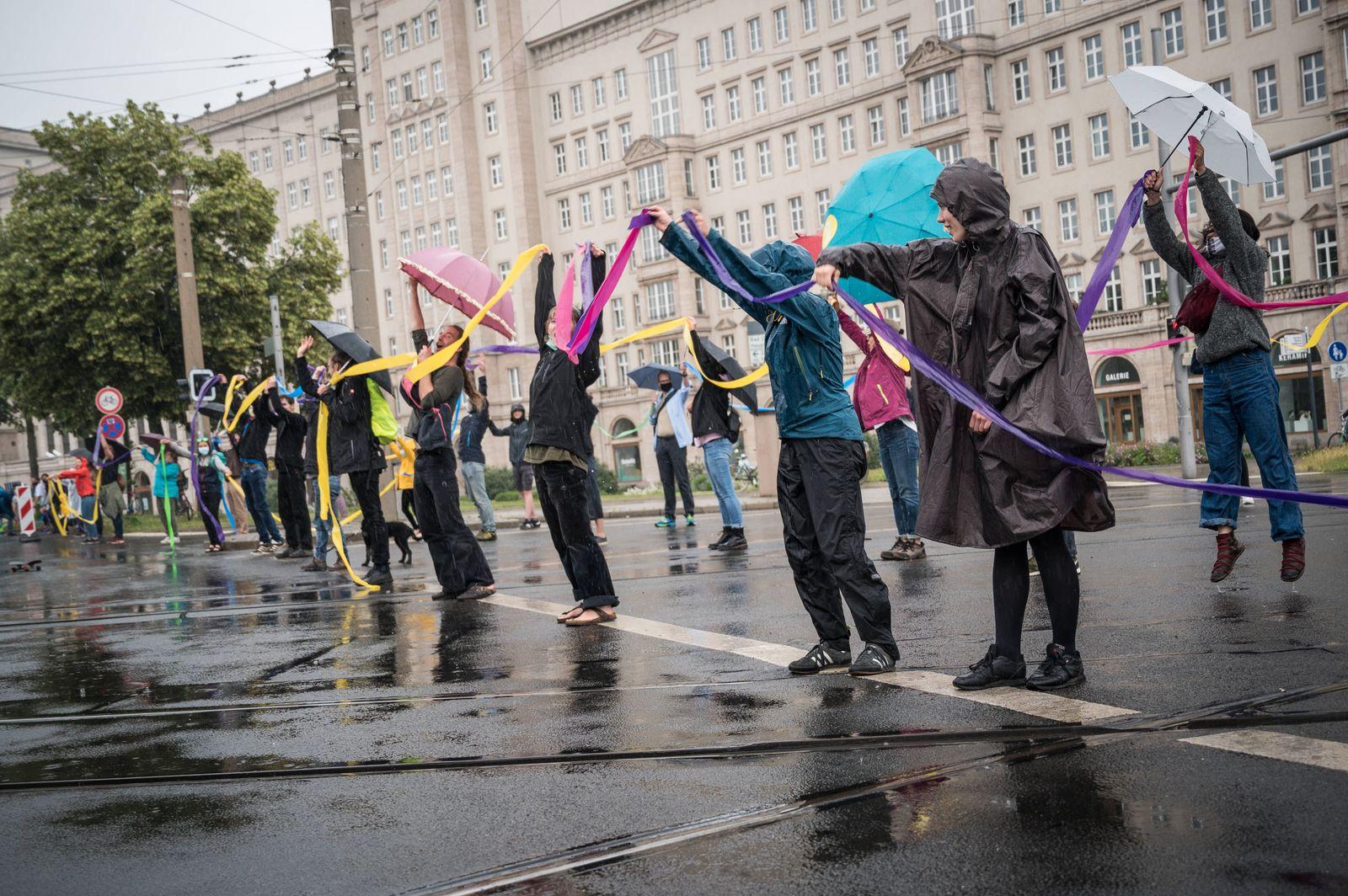 Unteilbar Proteste in Leipzig Unter dem Motto: SoGehtSolidarisch fanden Bundesweit in verschiedenen Städten Proteste st