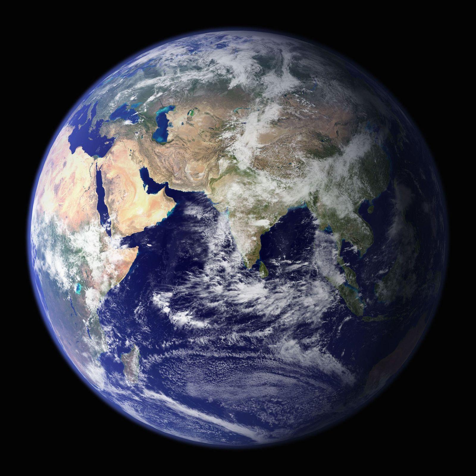Erde / Ganzansicht