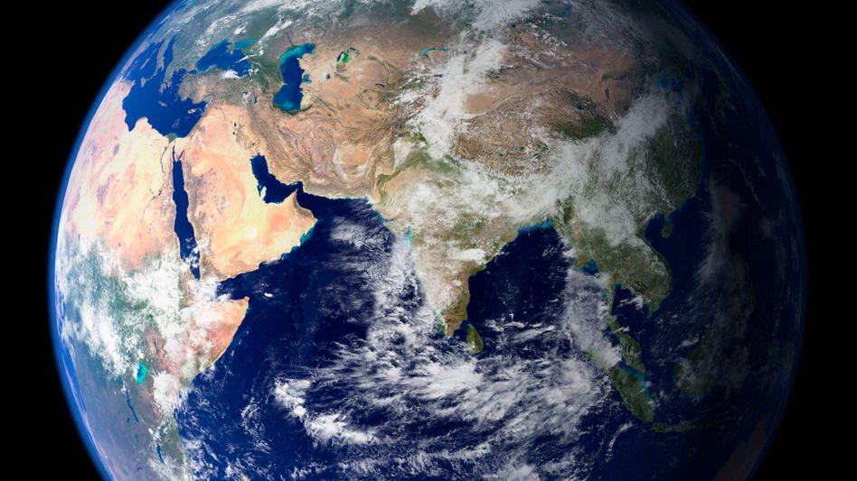Bild der Erdkugel, zusammengesetzt aus zahlreichen Satellitenbildern (Archivbild)