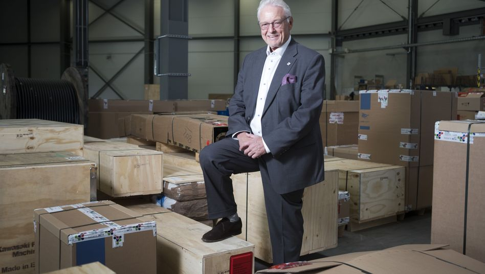 Detlef Daues, CEO of V-Line Group