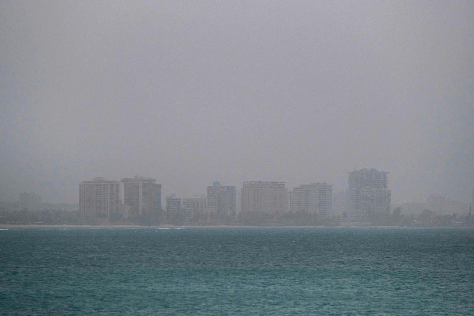 PUERTORICO-SAHARA-DUST-WEATHER