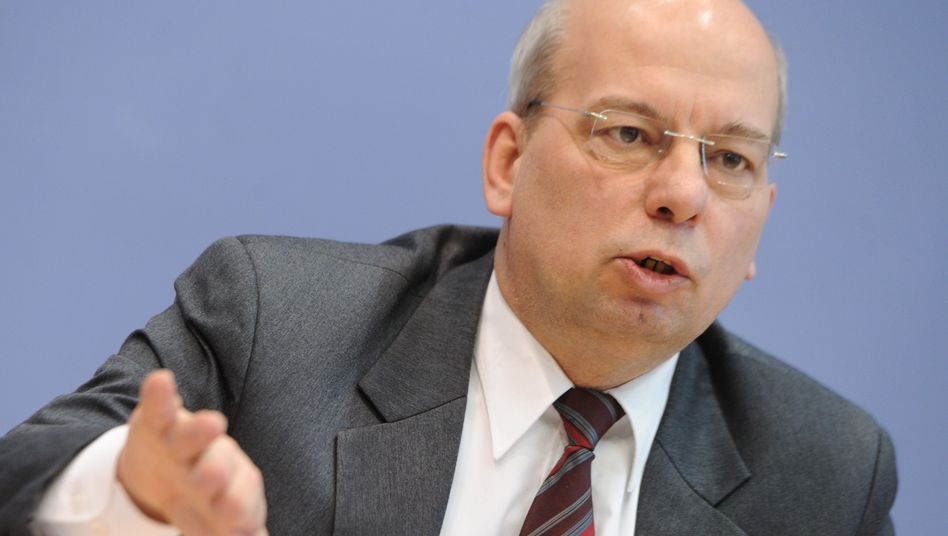 """Rainer Wendt: """"Es kann nicht sein, dass die Politik tatenlos zusieht"""""""
