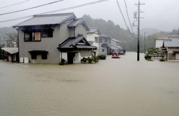 """Taifun """"Hagibis"""": Behörden fordern die Bevölkerung auf, sich in Sicherheit zu bringen"""