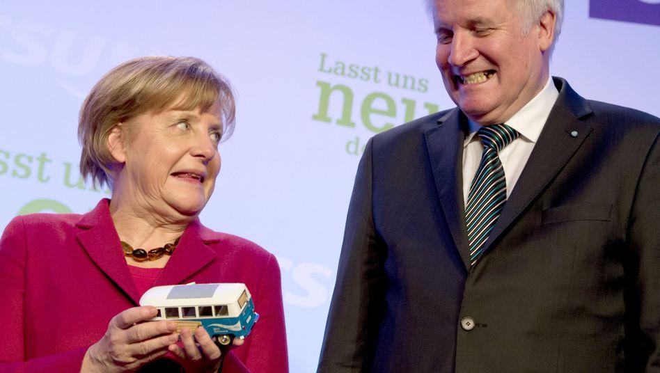 Merkel, Seehofer (im März 2014): Alle sollten sich ehrlich machen