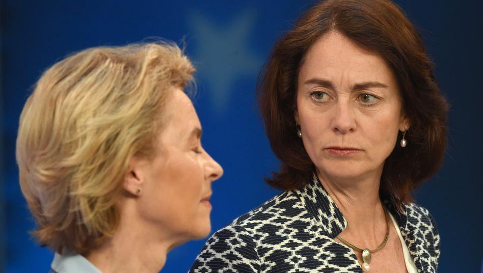 Einst Kabinettskolleginnen, heute Widersacherinnen: Ursula von der Leyen (l.) und Katarina Barley (2019)