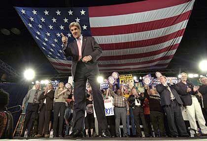 John Kerry im Wahlkampf: Unterstützung durch Nobelpreisträger