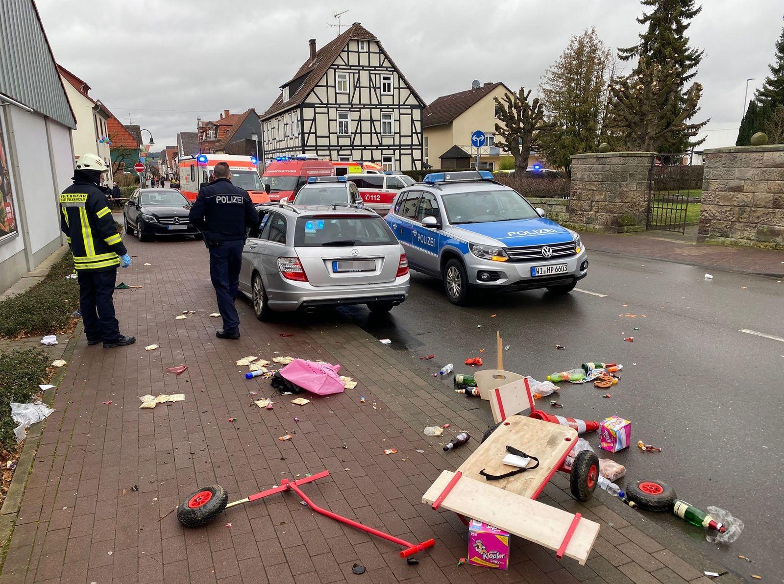GERMANY-CARNIVAL-POLICE