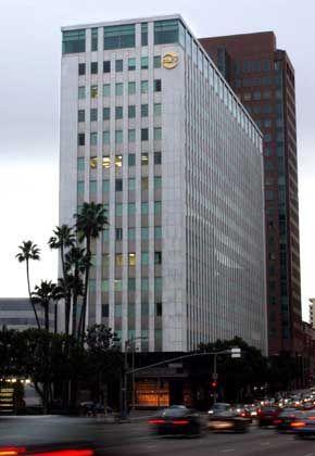 Occidental-Zentrale in Los Angeles: Konzernchef zum Flirt beim Diktator