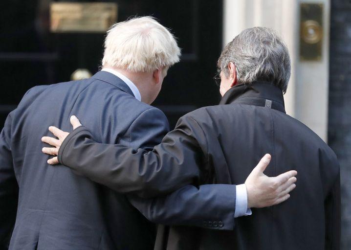 Arm in Arm gingen Boris Johnson (l.) und David Sassoli in 10, Downing Street