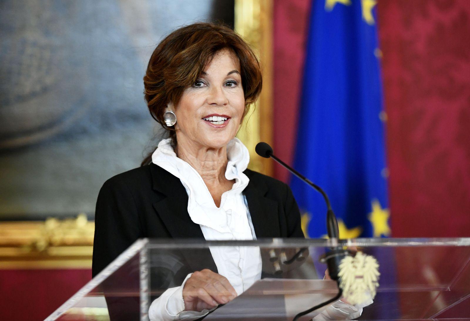 Brigitte Bierlein/ Bundeskanzlerin Österreich