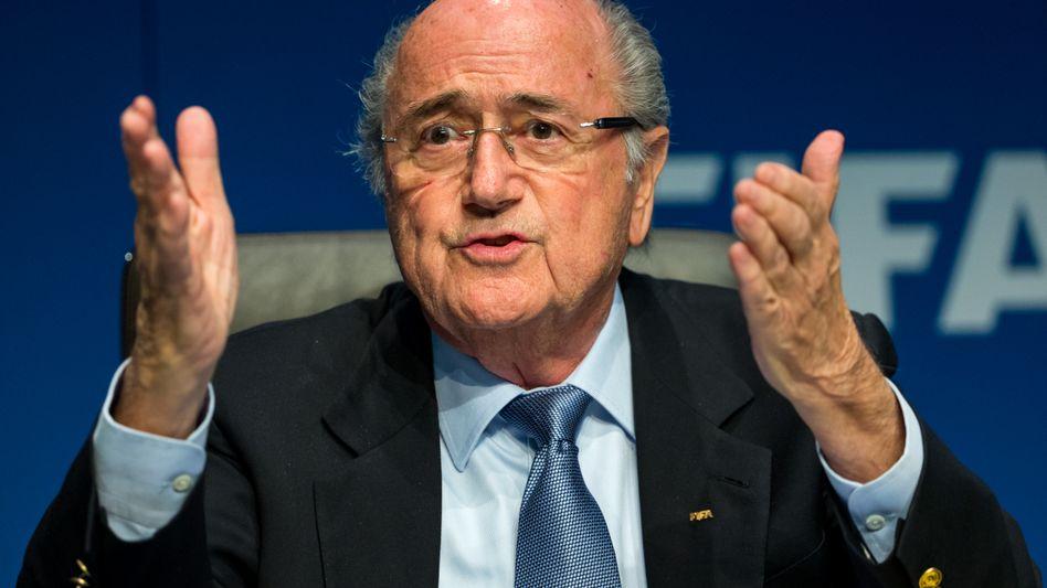 Fifa-Präsident Blatter: Wunder durch Handauflegen?