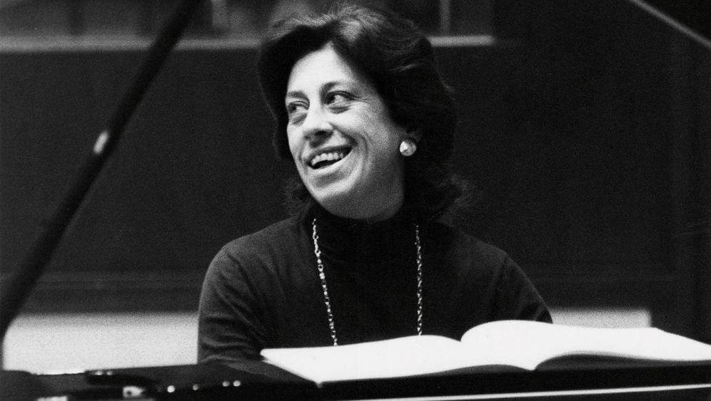 Klavierlegende Dinorah Varsi: Drahtseilakt auf Tasten