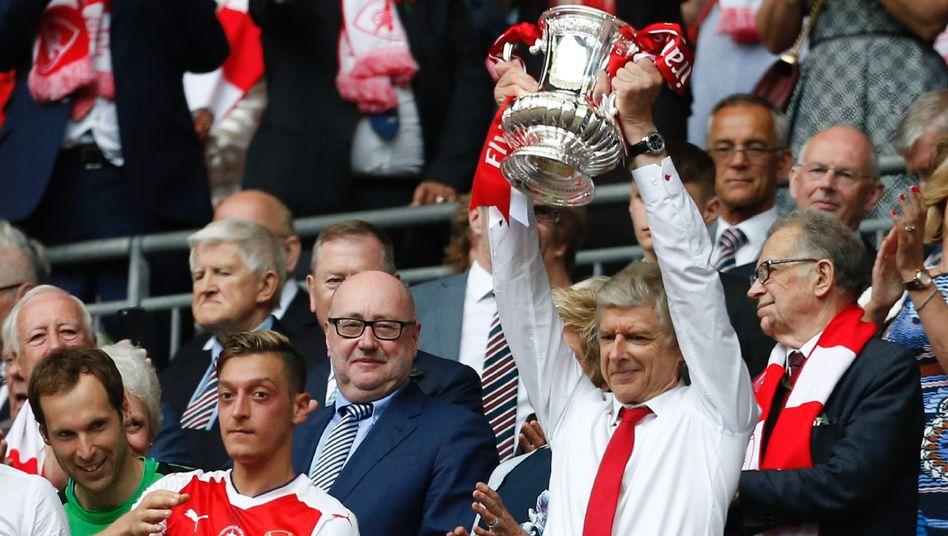 Arsenals Trainer Arsène Wenger