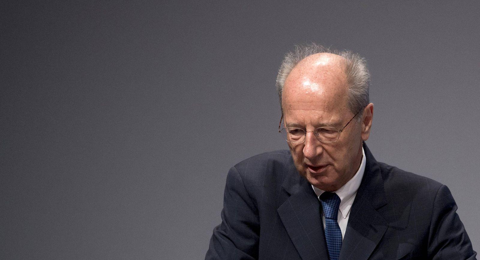 EINMALIGE VERWENDUNG Hans Dieter Poetsch