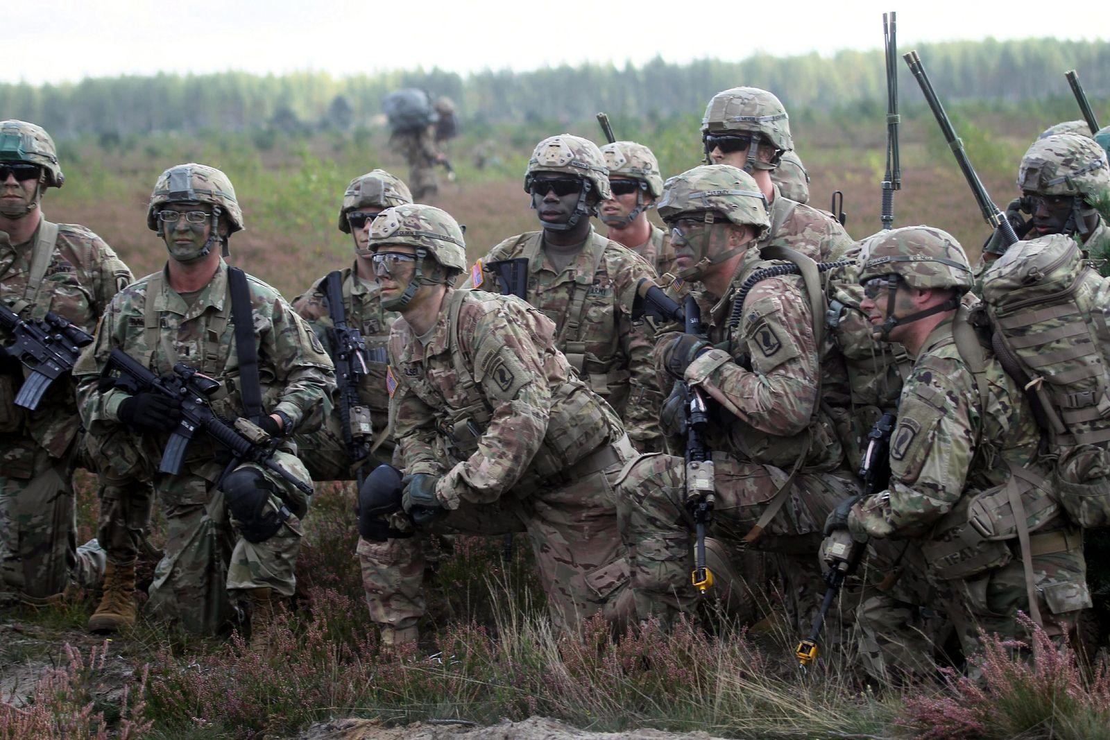 Bayonet Strike US airborne maneuvers in Adaz