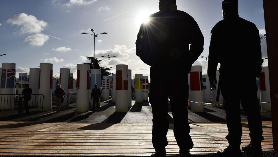 Polizisten vor dem Eingang zum Klimagipfel: Höchste Sicherheitsstufe