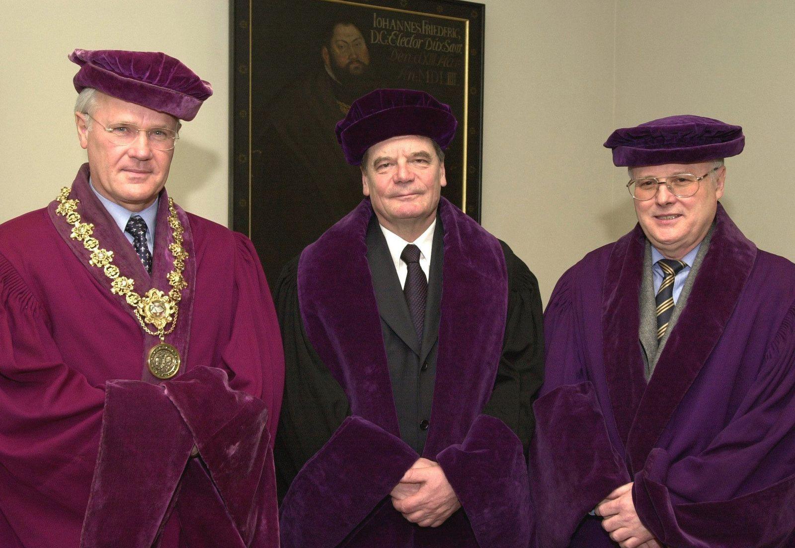 NUR FÜR SPAM Gauck wird Ehrendoktor in Jena