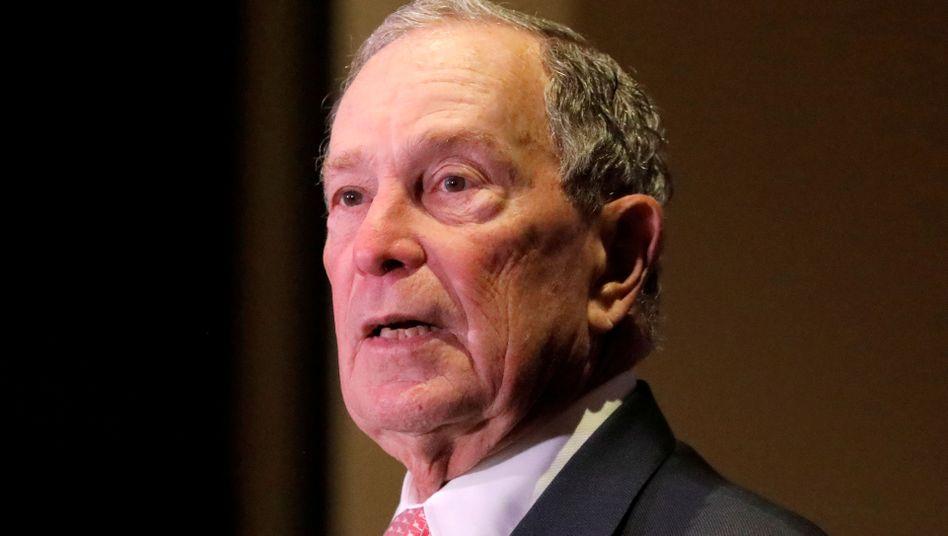 Bloomberg gab an, nichts von der Arbeit in seinem Namen gewusst zu haben