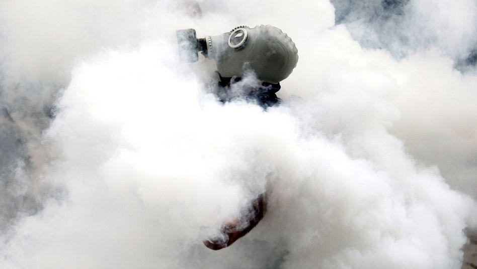 Aktivist während einer Occupy-Gezi-Demonstration (Archivbild): Brutal gegen Demonstranten vorgegangen