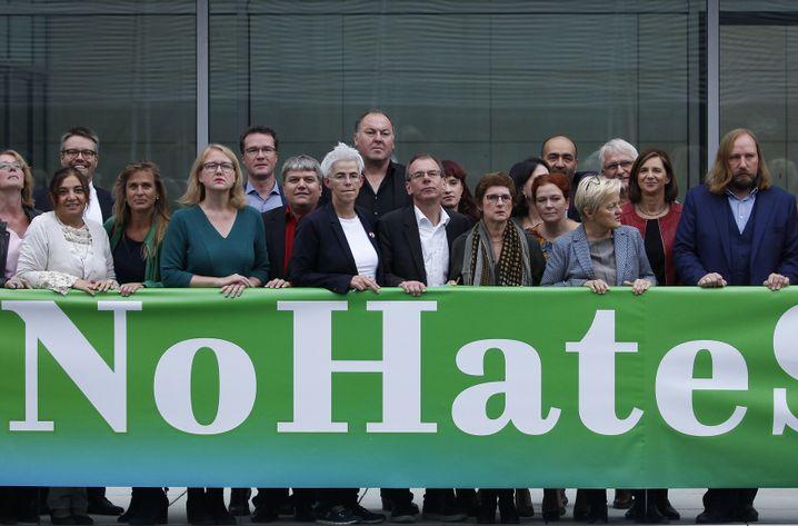 Solidaritätsbekundung der Grünen im Bundestag: Keine Hassrede