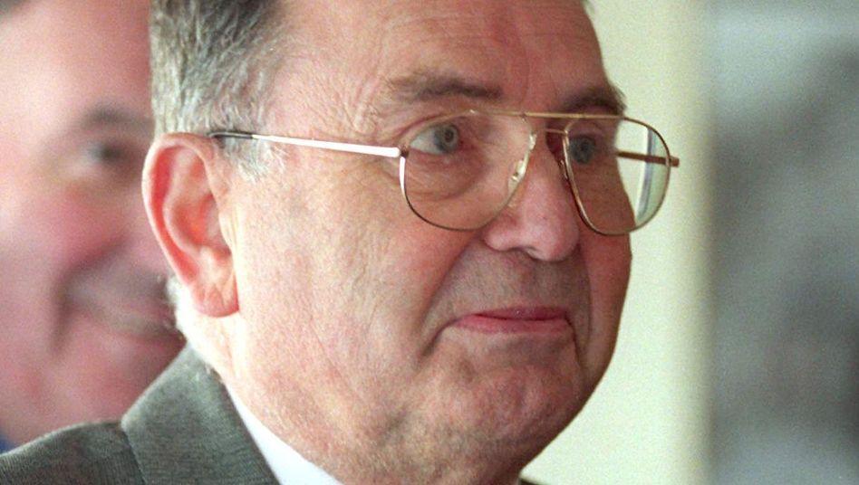 """Industrieller Rocher (im Jahr 1999): """"Pionier des Versandhandels"""""""