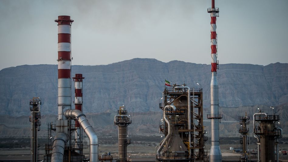 Öl-Förderung in Iran: Ziehen jetzt Freiheit und Rechtsstaatlichkeit ein?